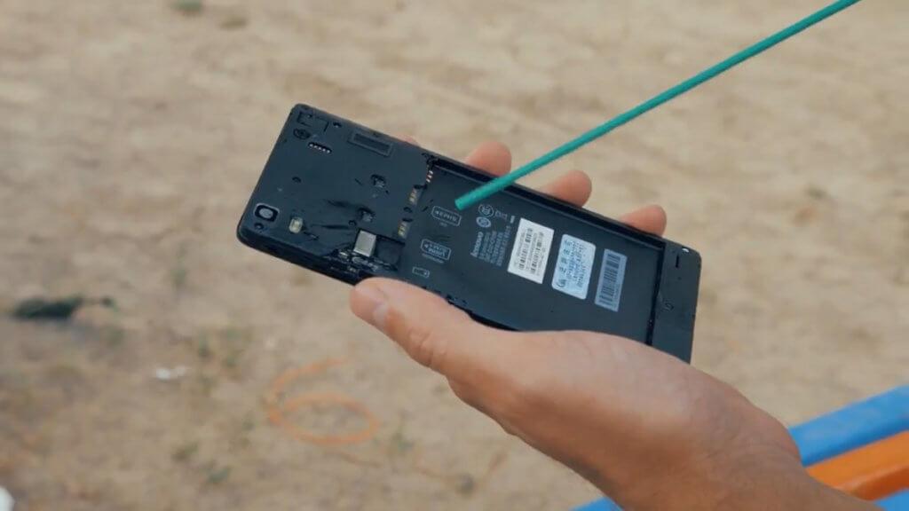 Сушка телефона сжатым воздухом